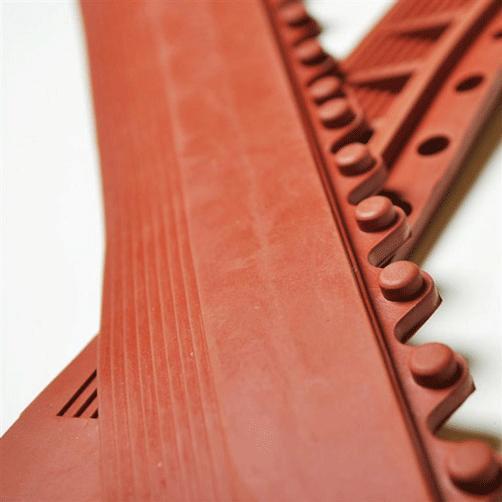 Anlaufkanten für Bodenplatten ölbeständig