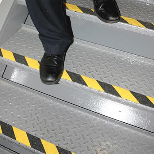 Antirutsch-Klebeband Warnmarkierung Treppe