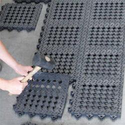 Bodenfliesen / Steck-Systeme als Bodenbelag
