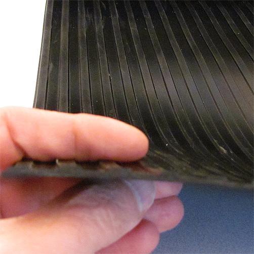 Gummiläufer Breitrillen 3 mm, Profil