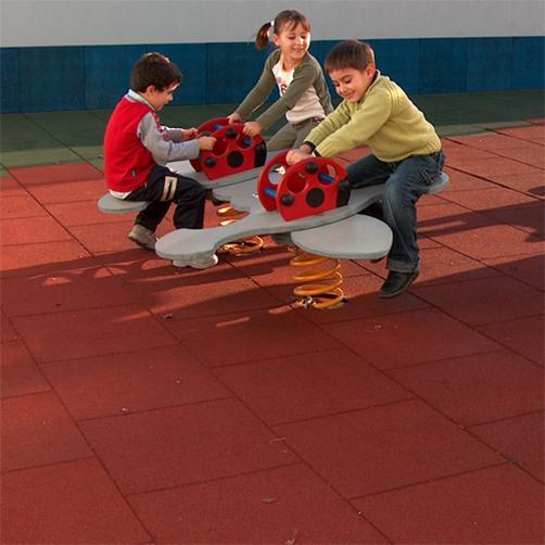 fallschutzmatten-spielplatzmatten